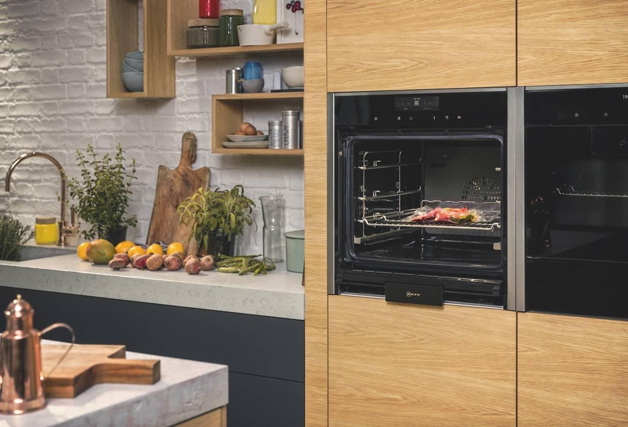 Neff, la nuova gamma di forni con maniglia e porta a scomparsa ...