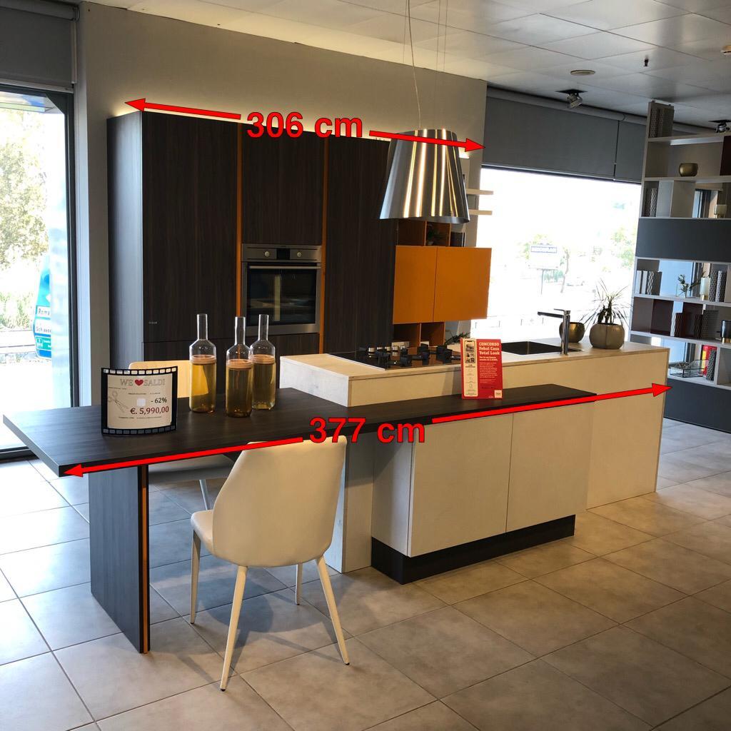 Proposta febal casa cucina con isola pignoloni arreda for Pignoloni arredamenti